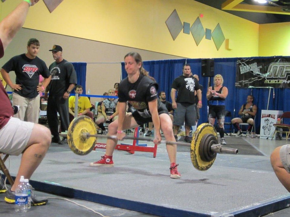 Julia Ladewski Lifts with Carb Back-Loading