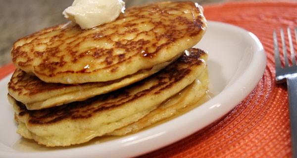 Ultra Low Carb Almond Flour Pancakes